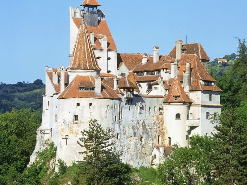 Cetăţi şi castele medievale transilvănene